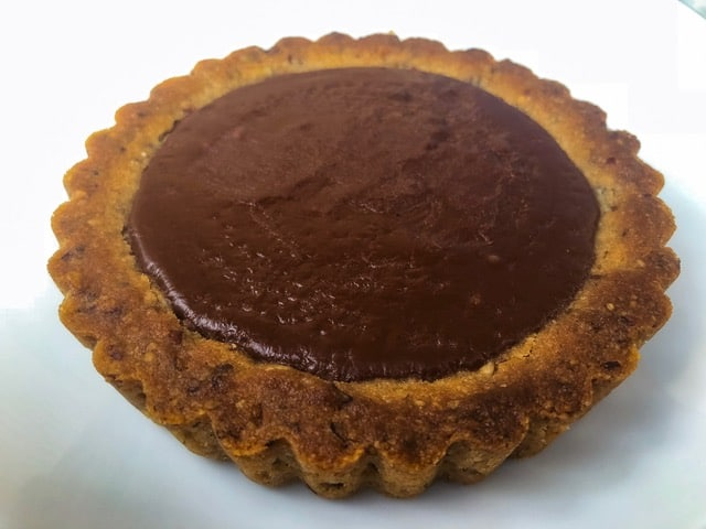 Keto Chocolate Tart Recipe | With Chocolate Ganache Filling