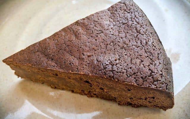 Keto Fallen Chocolate Cake Recipe | Flourless Keto Chocolate Cake