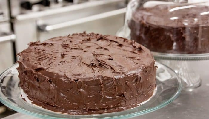 Keto Chocolate Cake | With Chocolate Cream Cheese Frosting