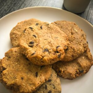 low-carb peanut butter chocolate chip cookies with cream cheese