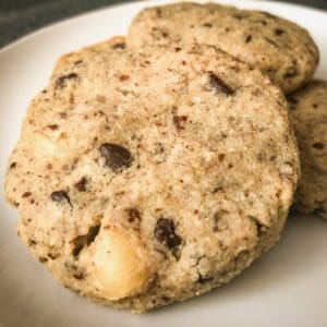 keto chocolate chip macadamia nut cookies with erythritol